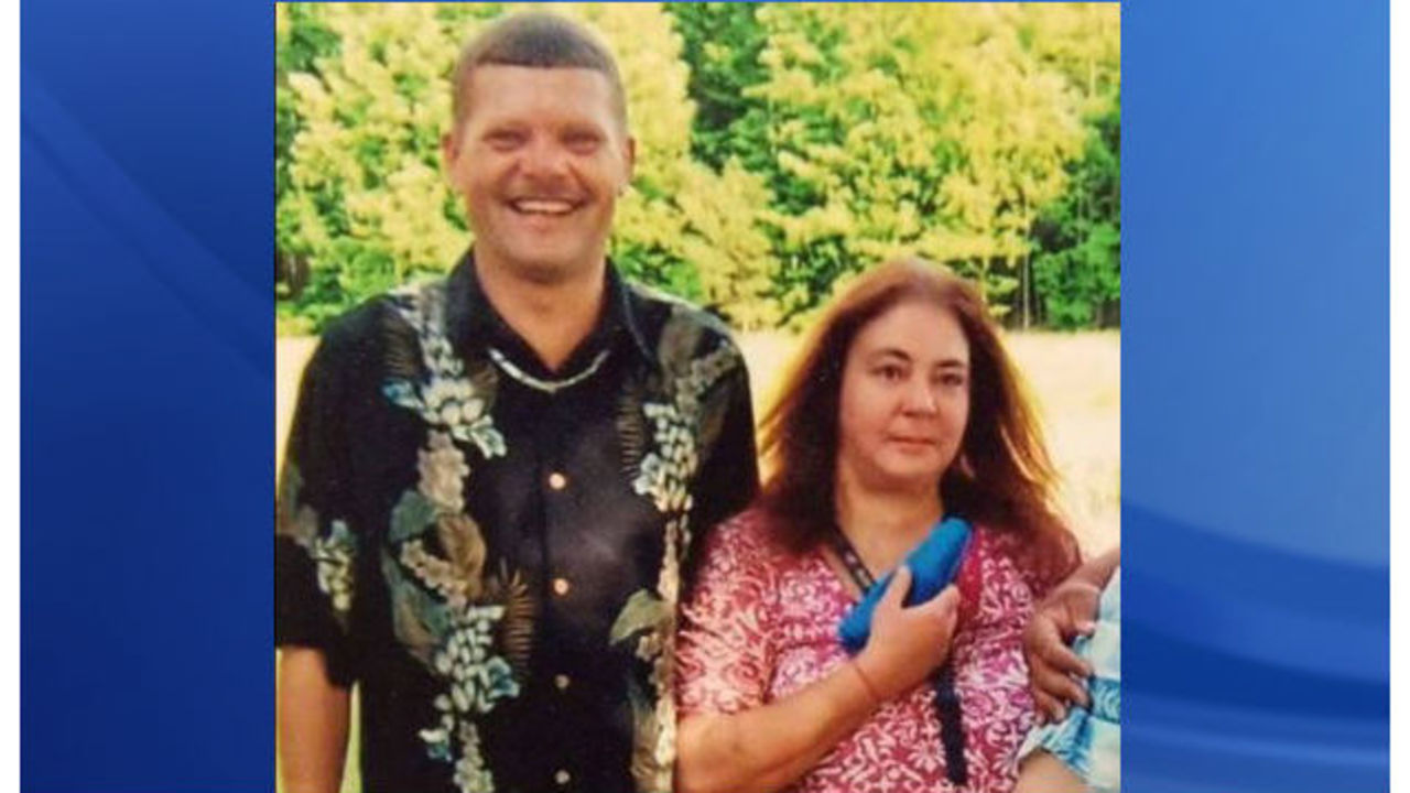 Nc Mom And Dad Die In House Fire Funerals Planned