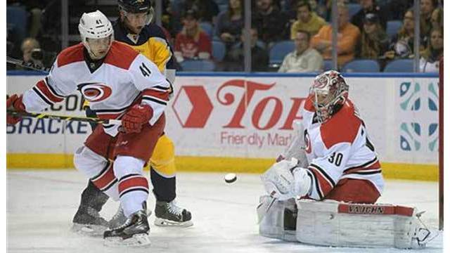 Long-time Carolina Hurricanes goalie Cam Ward signs with Chicago Blackhawks