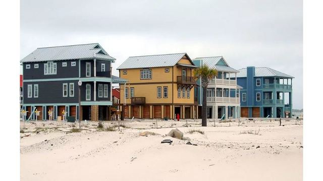 Study: Sea level rise drastically lowers value of beach property in NC