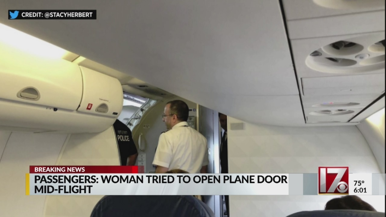 Suicidal Woman Tries To Open Plane S Door During Flight From Rdu